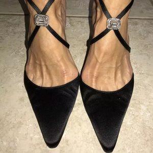 Manolo Blahnik Silk w/ Jewels Shoes Size 39.5